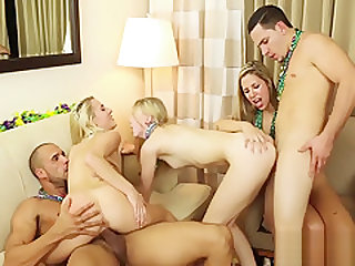 Teens fuck at hotel party
